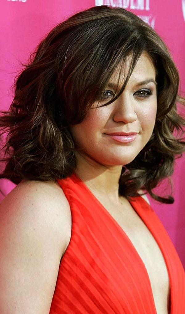 Layered-Short-Hairstyle-for-Chubby-Face Glorious Short Hairstyles for Chubby Faces