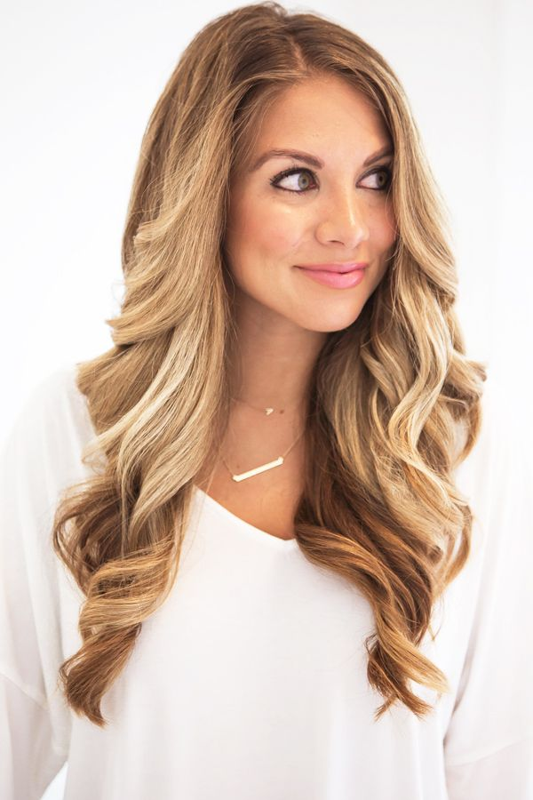 Long-Hair-Loose-Waves Loose Hairstyles to Look Relaxed and Ravishing
