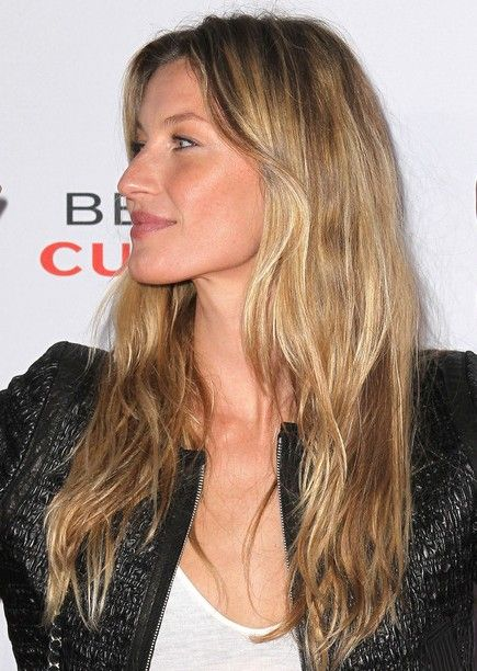 Long-Layered-Wavy-Hairstyle3 Fabulous Long Layered Hairstyles