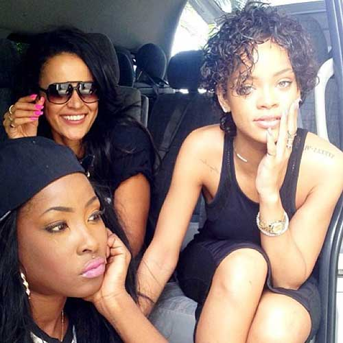 Rihanna's-Short-Curly-Hairstyle Celebrity Short Curly Hairstyles