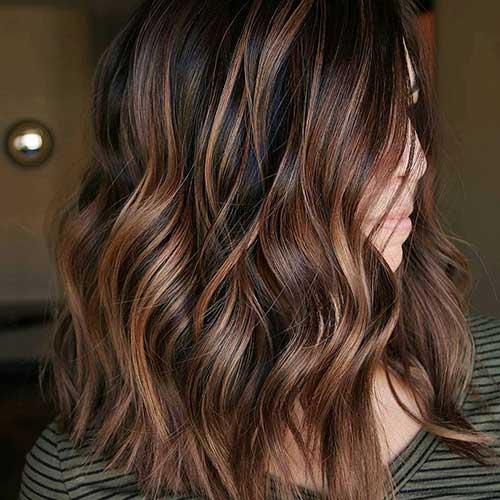 Short-to-Medium-Hairstyles-17 Latest Short to Medium Hairstyles
