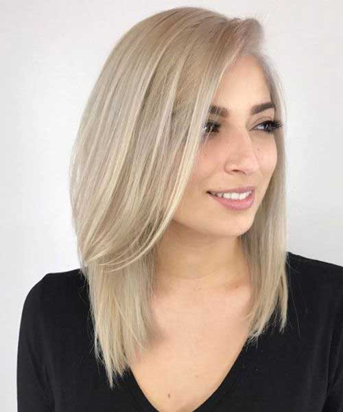 Side-Parted-Blonde-Hair Latest Short to Medium Hairstyles