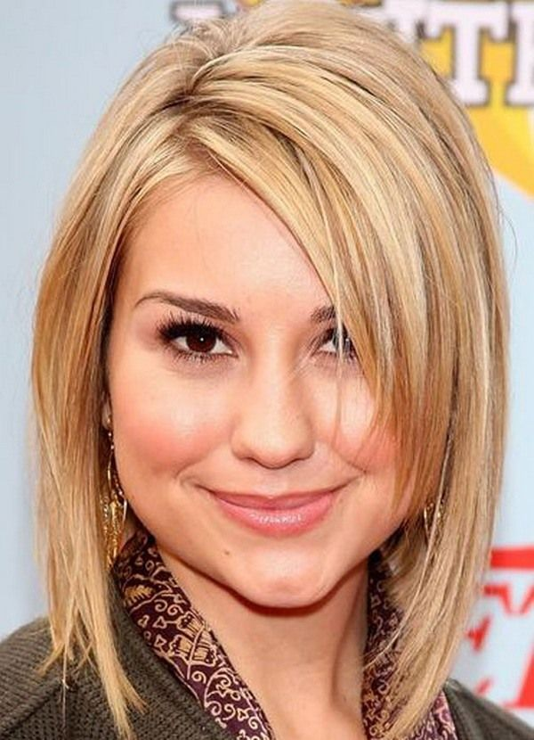 Straight-Bob-Cut Glorious Short Hairstyles for Chubby Faces