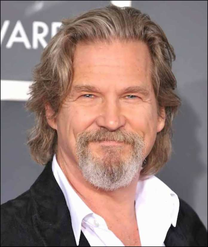Wavy-Layered-Hairstyle Mens Hairstyles Over 40 for Dapper Look