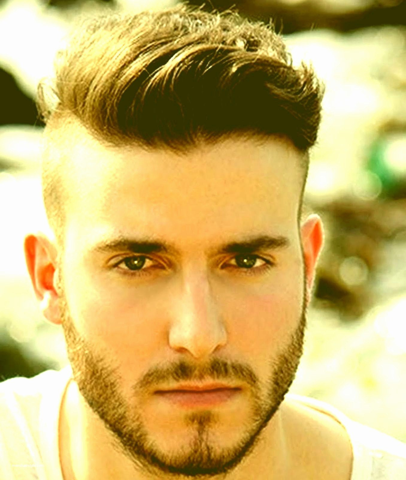 Wavy-Taper-at-the-Center-and-Shaved-Sides Insanely Cool Hairstyles for Indian Men