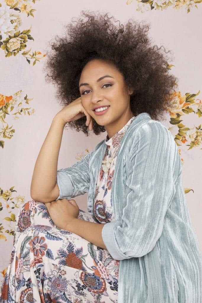 Bouncy-Afro-Hairstyle Cute African American Hairstyles for Gorgeous Look