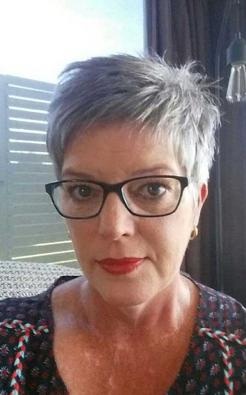 Choppy-Short-Haircut-for-Women Ideas of Short Hairstyles for Women Over 50