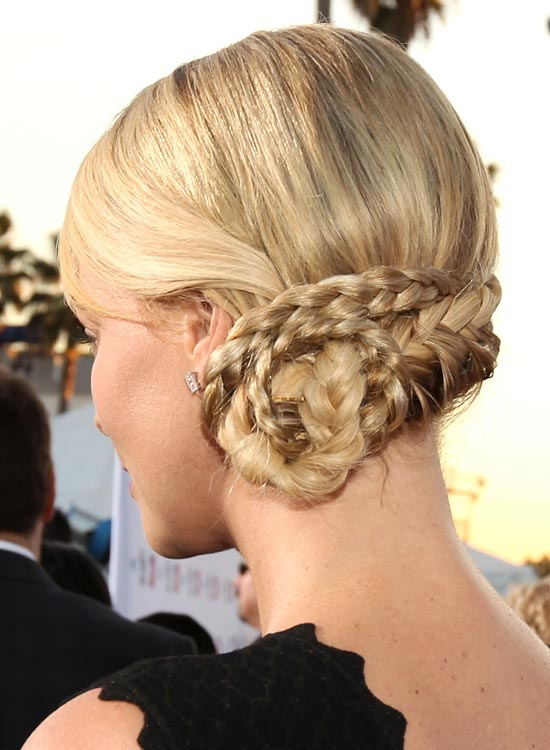 Hippie-Chignon Best Hippie Hairstyles