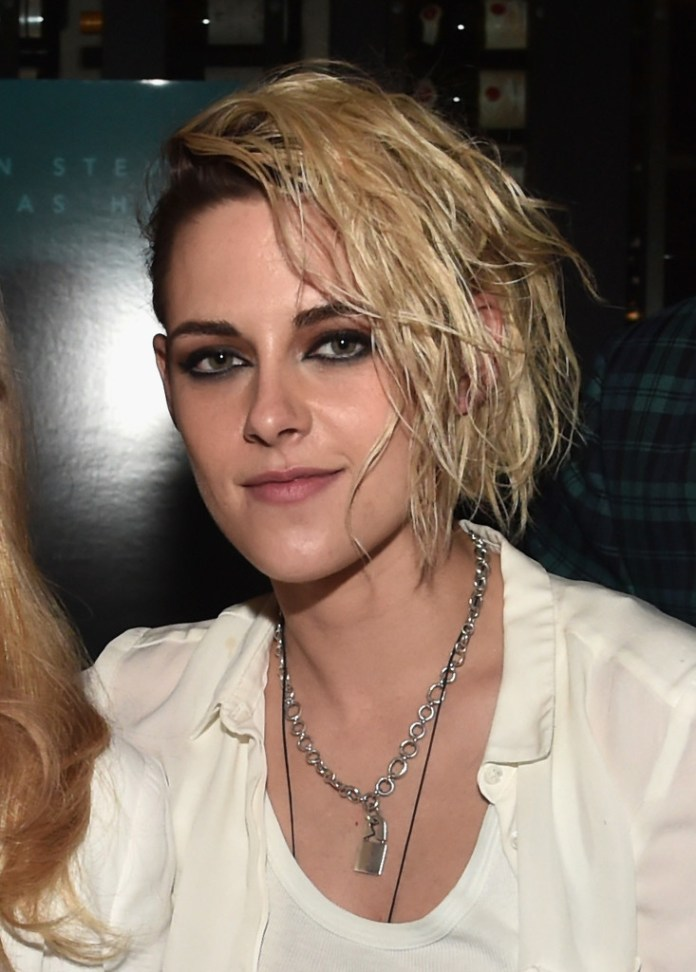 Kristen-Stewart-Side-swept-Waves Trendy Celebrity Short Hairstyles You'll Want to Copy