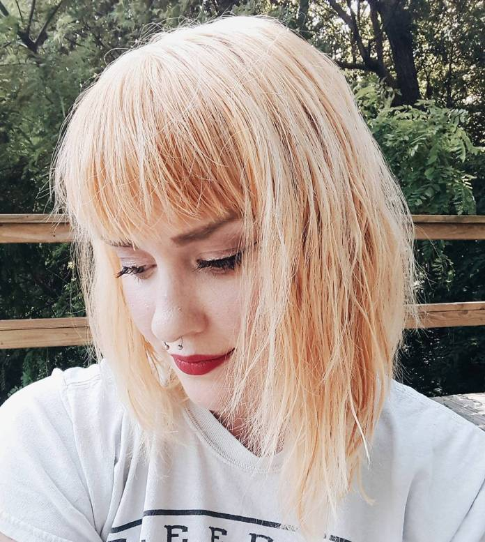 Modern-Messy-Bob-with-Bangs Modern Hairstyles for Women to Look Trendy