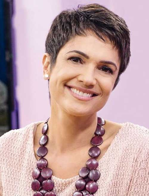 Short-Hairstyles-for-Women-Over-50-7 Ideas of Short Hairstyles for Women Over 50