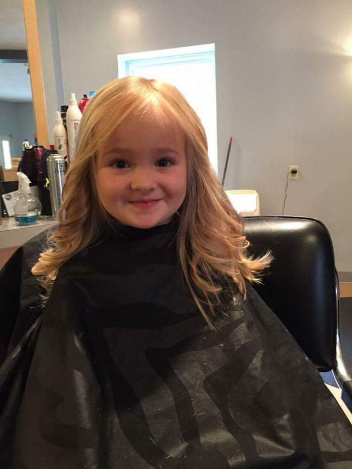 Simple-Wavy-Hairstyle-with-Curls Cute and Adorable Little Girl Haircuts