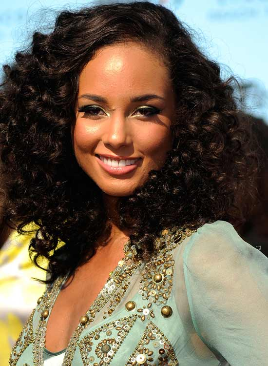 Wavy-Tight-Curls Most Popular Coolest Teen Hairstyles For Girls