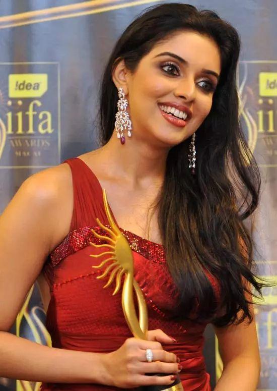Asin Top Indian Actresses With Stunning Long Hair