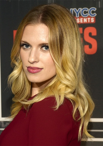Barbara-Dunkelman-Long-Wavy-Hairstyle Most Beautiful Celebrity Long Haircuts To Adore