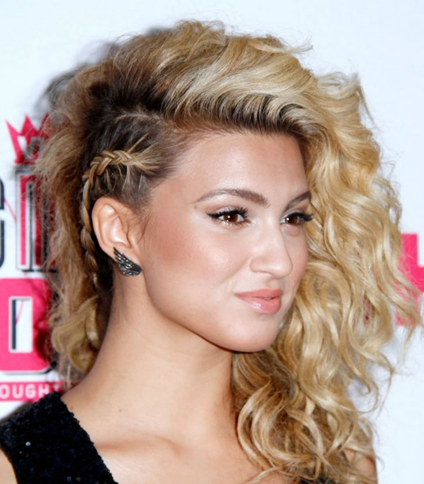 Brunette-Blonde-Open-Hairdo-with-Side-Braid Christmas Party Hairstyles to Enhance Your Look