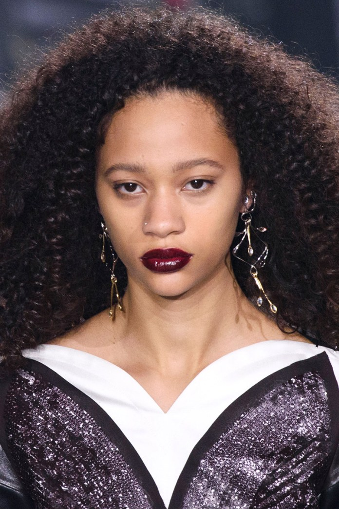 Dense-curly-hairstyle-for-the-special-occasion-in-fall Most Attractive Fall Hairstyles to Try This Year