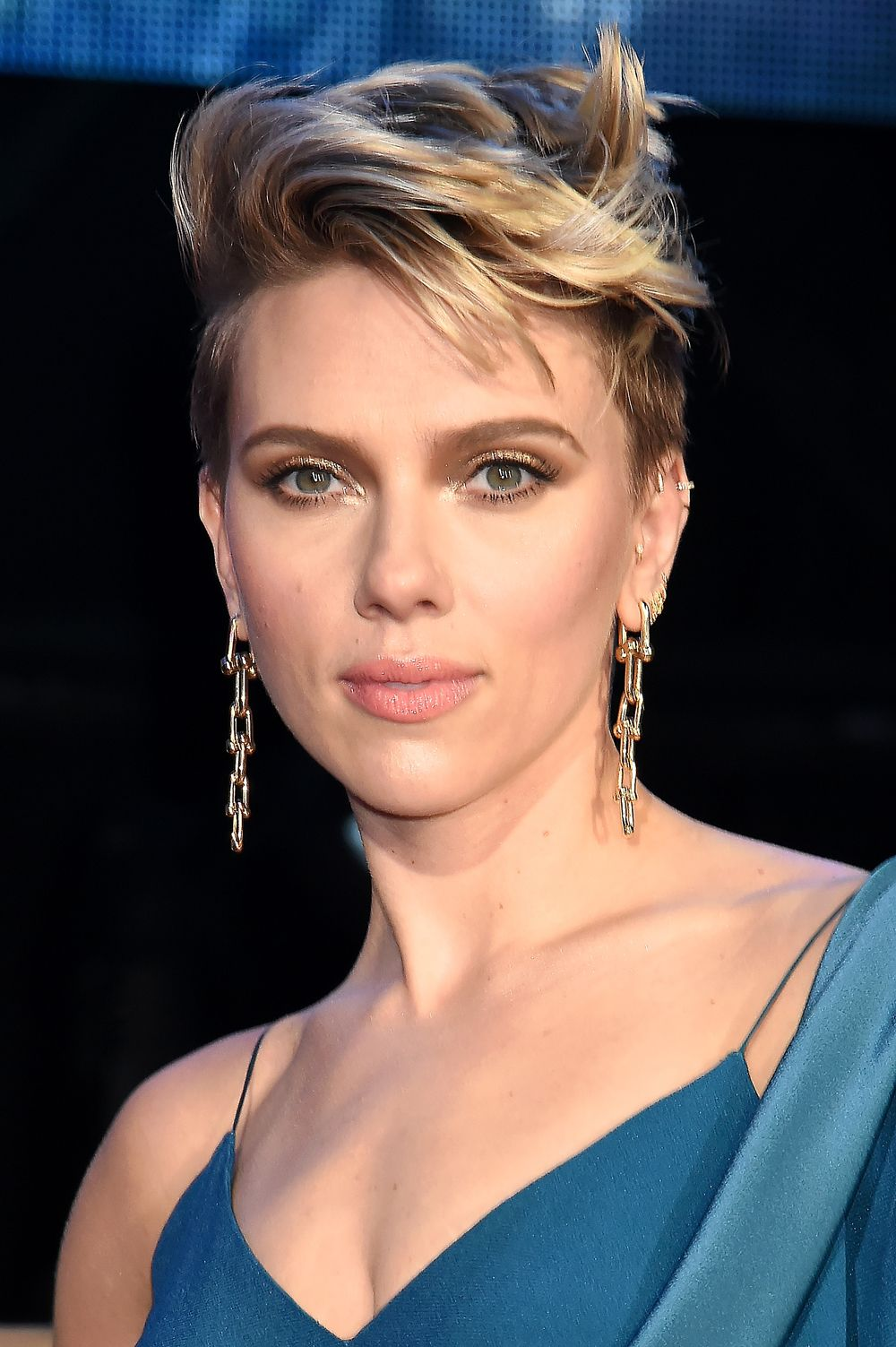 Fashionable-Faux-Hawk Celebrity Short Hairstyles for Glamorous Look