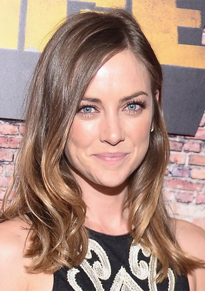 Jessica-Stroup-Long-Wavy-Hairstyle Most Beautiful Celebrity Long Haircuts To Adore