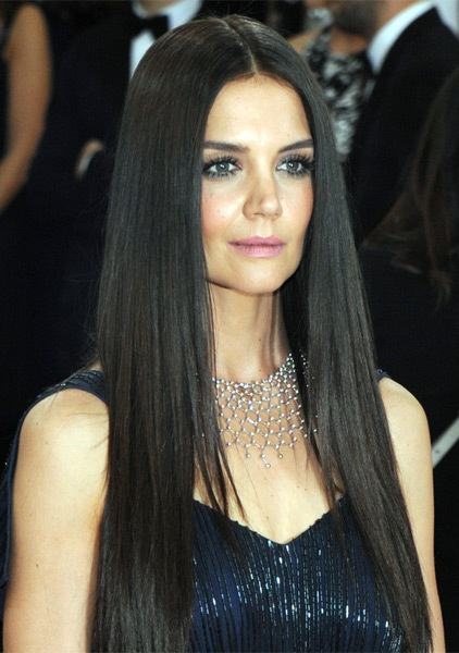 Katie-Holmes-Long-Straight-Hairstyle Most Beautiful Celebrity Long Haircuts To Adore