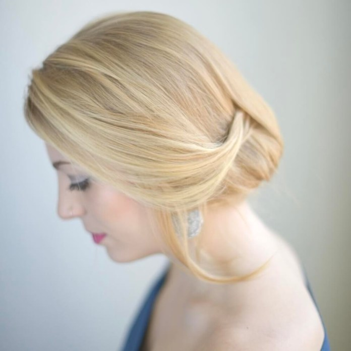 Light-Shinion-Chignon-Hairstyle Most Gorgeous Looking Chignon Hairstyles