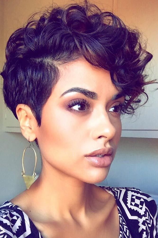 One-Sided-Upside-Fringe-Hairstyle Everyday Short Hairstyles for Fabulous Look