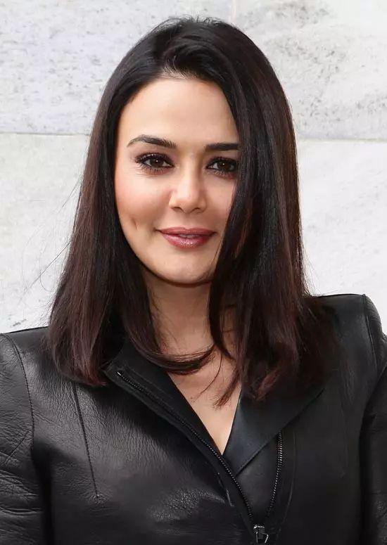 Preity-Zinta Top Indian Actresses With Stunning Long Hair