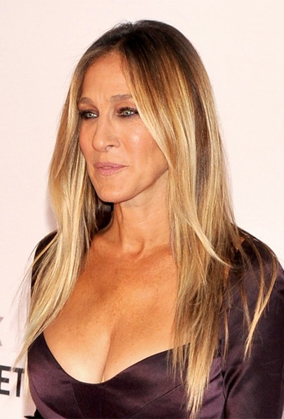 Sarah-Jessica-Parker-Long-Straight-Hairstyle Most Beautiful Celebrity Long Haircuts To Adore