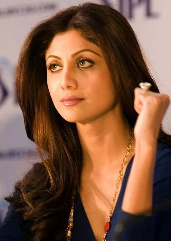 Shilpa-Shetty Top Indian Actresses With Stunning Long Hair