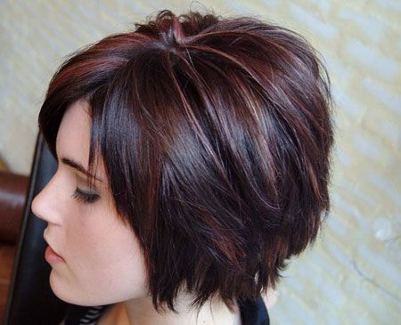 Short-Layered-Bob-Hairstyle Stylish and Perfect Layered Bob Hairstyles for Women