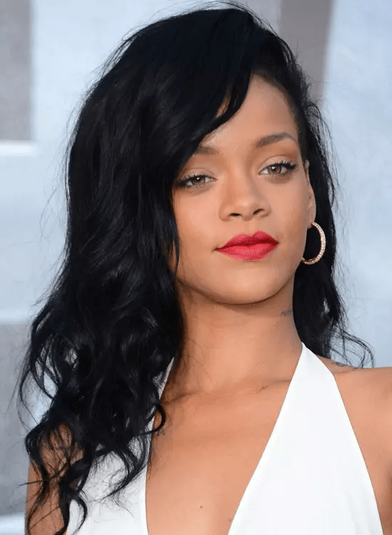 Side-Shaved-Waves Best Rihanna Hairstyles