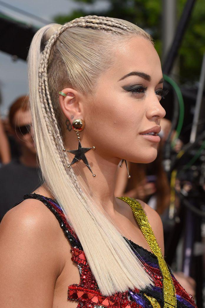 Stylish-Front-Braid-Pony-Hairstyle Stylish and Modern Braids Hairstyles