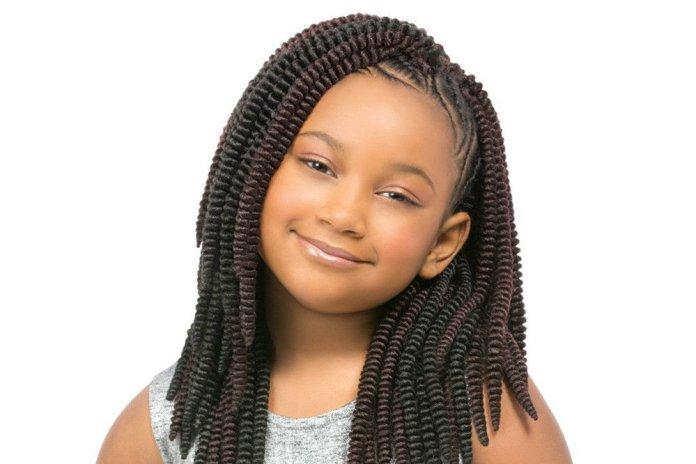 Thick-Medium-Crochet-Braid Stylish and Modern Braids Hairstyles