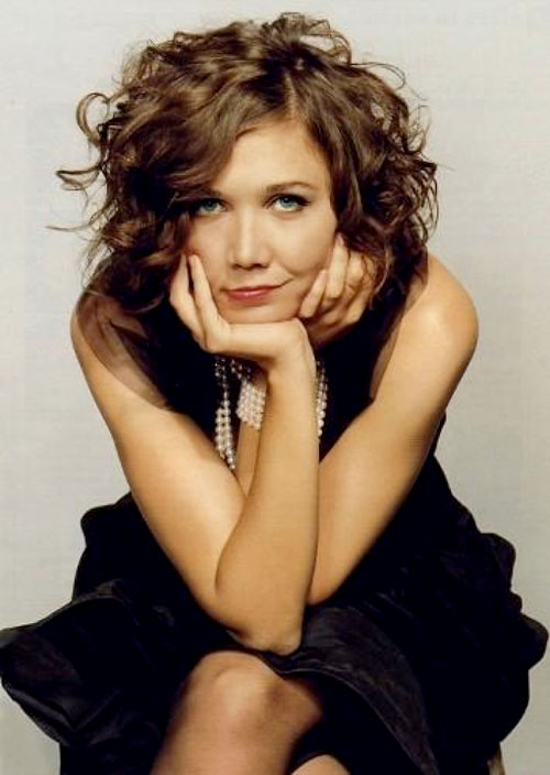 Wavy-Curly-Bob-Haircut Stylish and Glamorous Curly Bob Hairstyle for Women