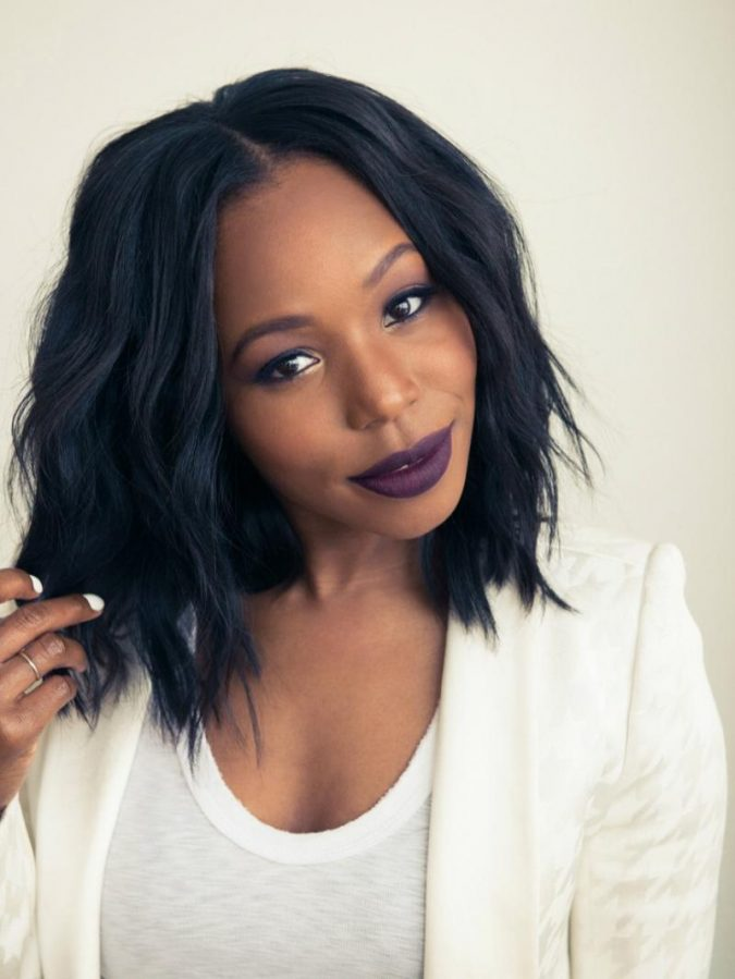 Wavy-Hair-with-Asymmetric-Sharp-Cuts Charming and Cute Hairstyles for Black Women
