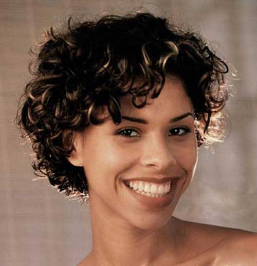 Best-Simple-Bob-Cut-with-Curly-Hair-for-Girls Best Bob Cuts for Curly Hair