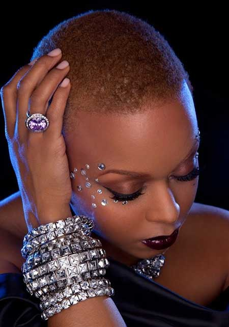 Cool-and-Attractive-Skinhead-Hairstyle Short Hairstyles for Black Women 2020