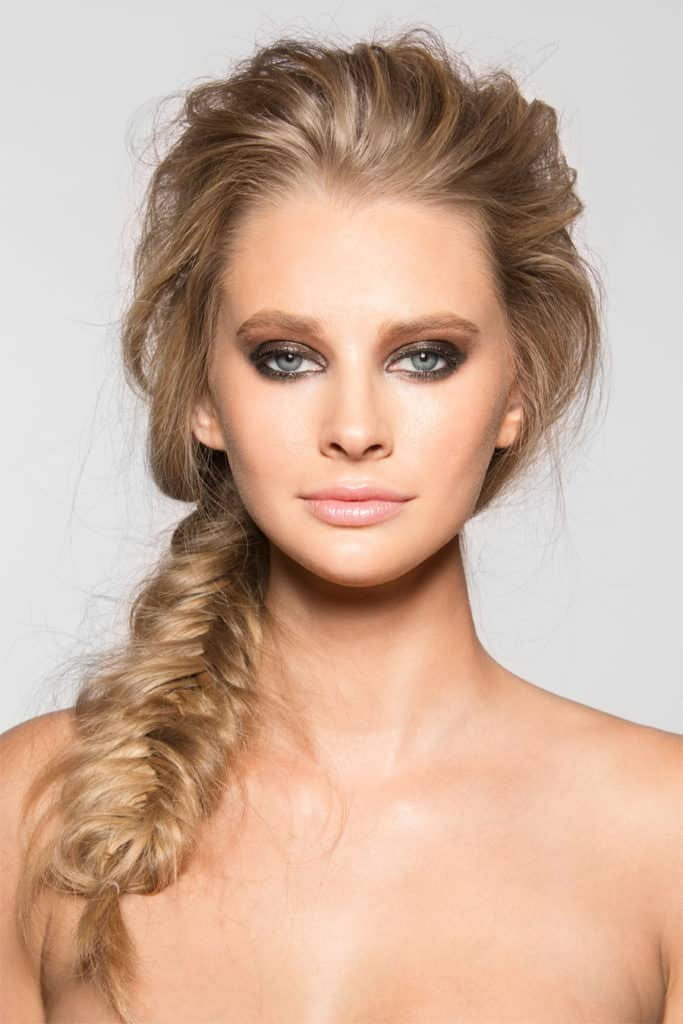Fishy-Twists Hot and Happening Girls Hairstyles for Party