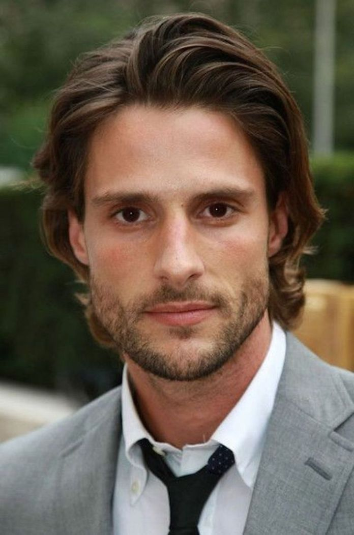 Flow-Hairstyle Stylish Wedding Hairstyles for Men