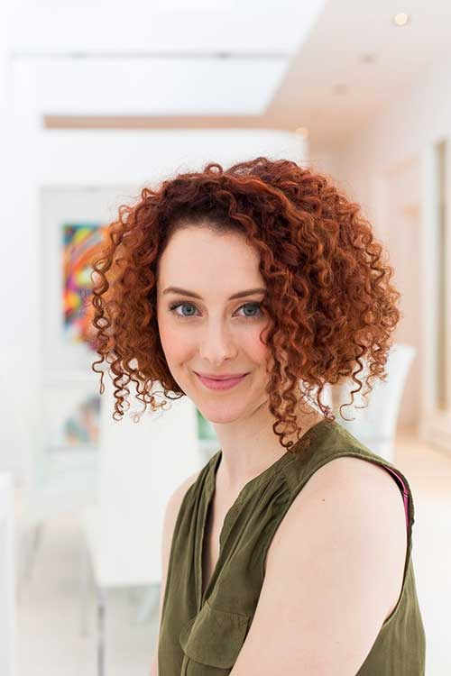 Ginger-Thick-Curly-Bob-Hairstyle Best Bob Cuts for Curly Hair