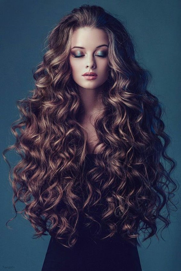 Long-Curly-Hair Cute Curly Hairstyles for Women
