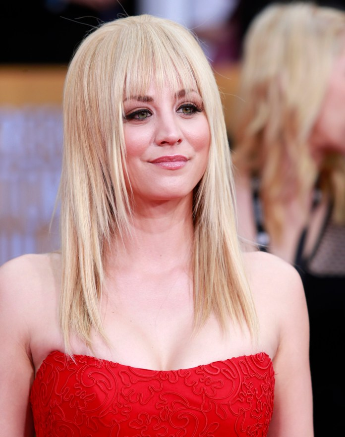 Medium-Length-Hair-with-Bangs-1 Most Ravishing Hairstyles for Double Chin