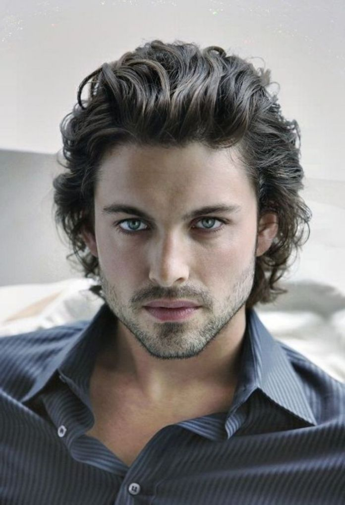 Medium-Length-Hairstyle Cool and Charming Natural Hairstyles for Men