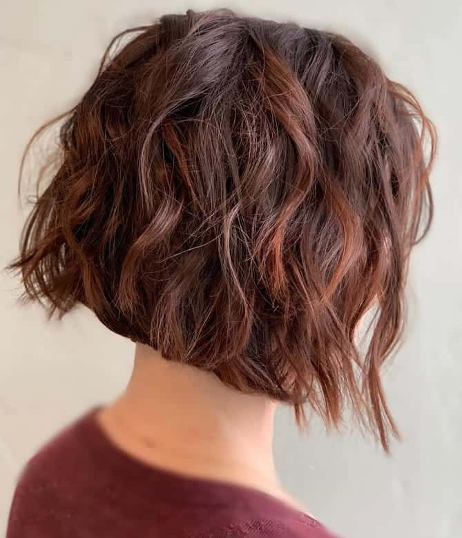 Messy-Short-Stacked-Bob Exotic Messy Bob Hairstyles That Women Love