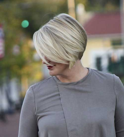 Sleek-Bob Short Haircuts for Older Women 2019