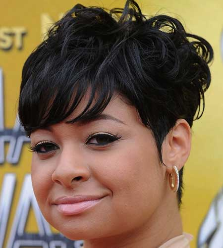 Very-Charming-and-Attractive-Wavy-Pixie-Cut Short Hairstyles for Black Women 2020
