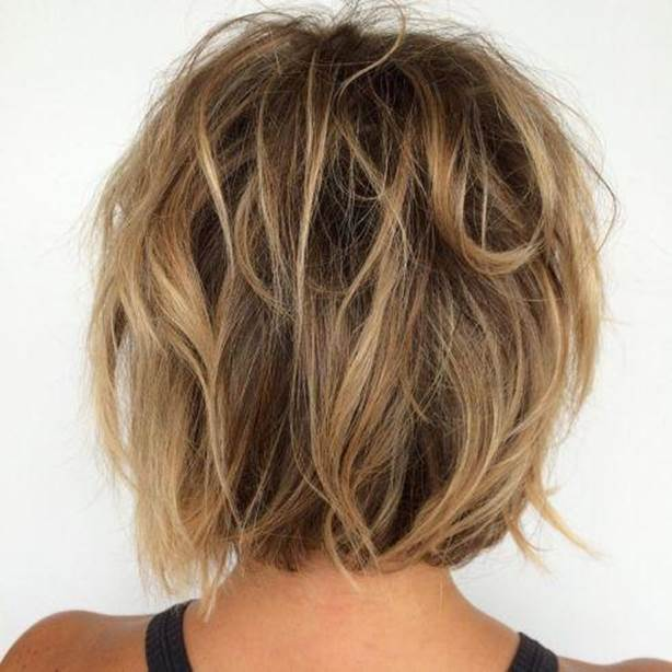 eased-Messy-Bob Exotic Messy Bob Hairstyles That Women Love