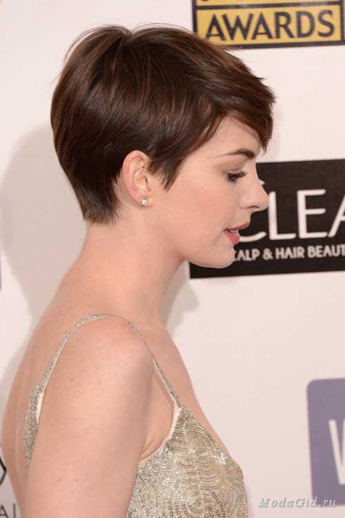Anne-Hathaway's-Brown-Pixie-Haircut Pixie Hair Styles for 2020