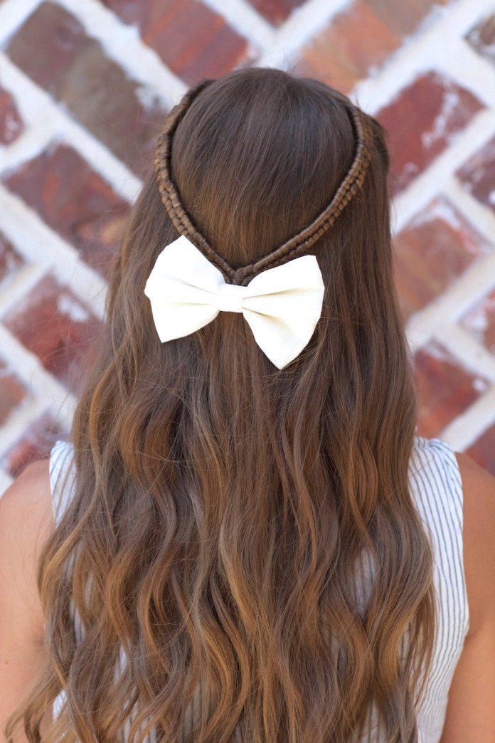 Beats-on-Peek Mesmerizing Back to School Hairstyles