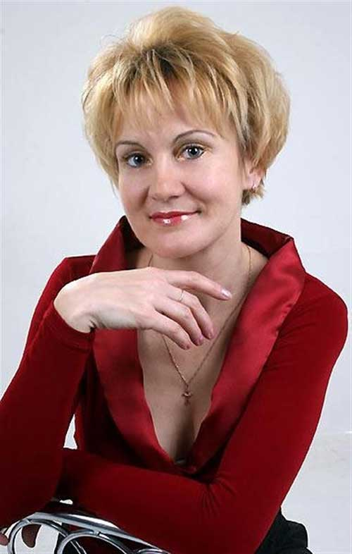 Casual-Pixie-Hair-for-Women-Over-50 Pictures Of Short Haircuts For Over 50